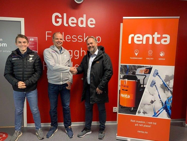 Fra styret i skøytegruppen Niclas Mikkelsen til venstre , i midten står leder for skøytegruppa Kjetil Songstad og til høyre administrerende direktør i Renta, Leif-Martin Drange.